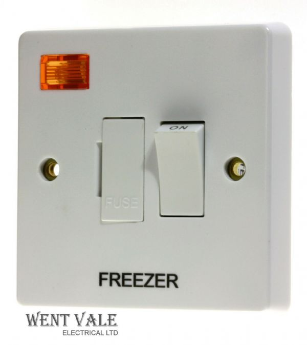 Crabtree Capital - 4827/3/FZ - 13a D/Pole Switched Fuse Connection Unit Freezer